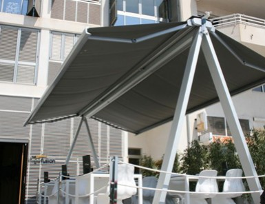 Instalaci n de toldos saxun en alicante aluyglass for Toldos balcon baratos
